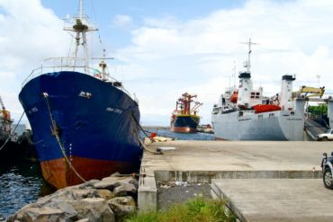 Equatorial Guinea exports sweet potatoes, rice and oil.