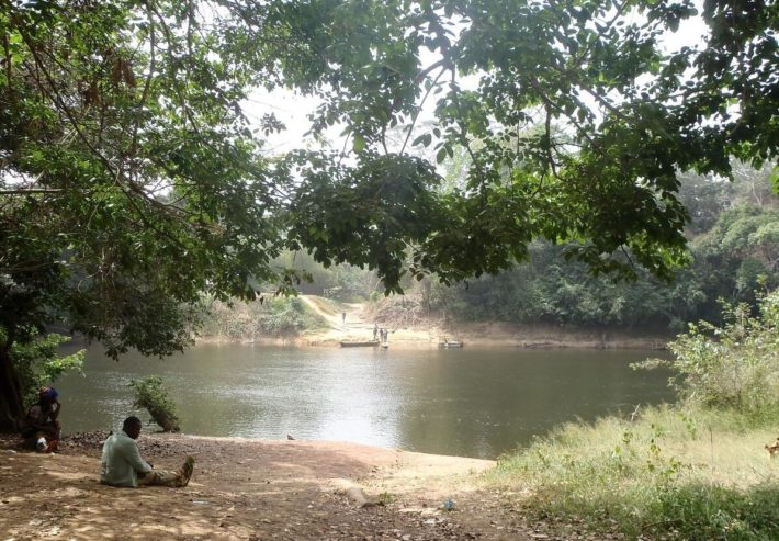 Image from the border river Cavally at the village of Tai on the border with Liberia